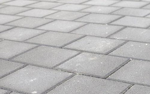 Pavage et pose de carrelage, klinkers et dalles en béton pour vos allées de garage et terrasses